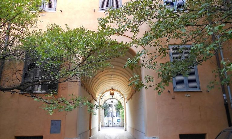 SUNNY GUEST HOUSE, ROME **